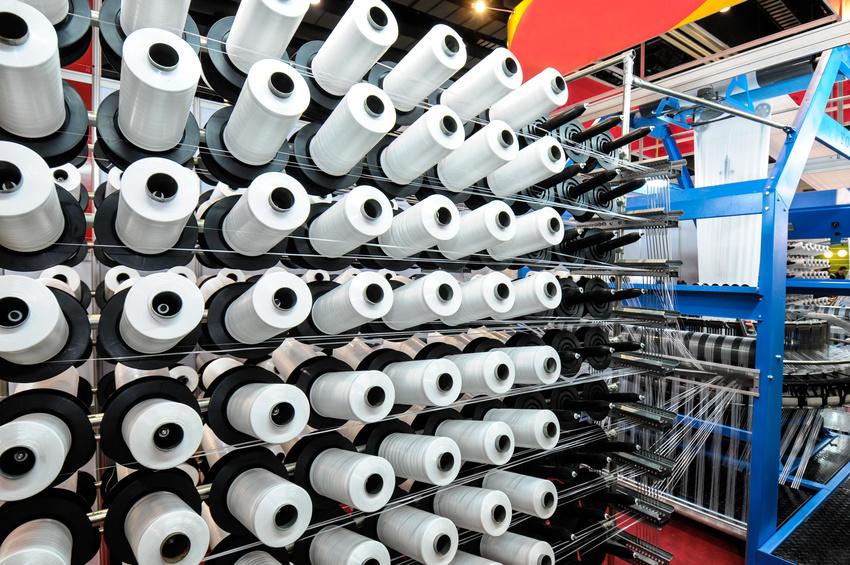 Von der Faser zum Stoff. Simulation, Modellierung als Basis für die Entwicklung von modernen Antriebslösungen für die Textilindustrie.